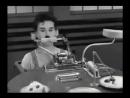 Чарли Чаплин и робот