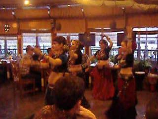 Первый танец девчат на Ракушке