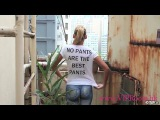 Body Painting: she walk naked (without pants) in Hong Kong streets