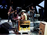 Seasick Steve &amp Jack White &amp Alison Mosshart &amp John Paul Jones (LIVE)