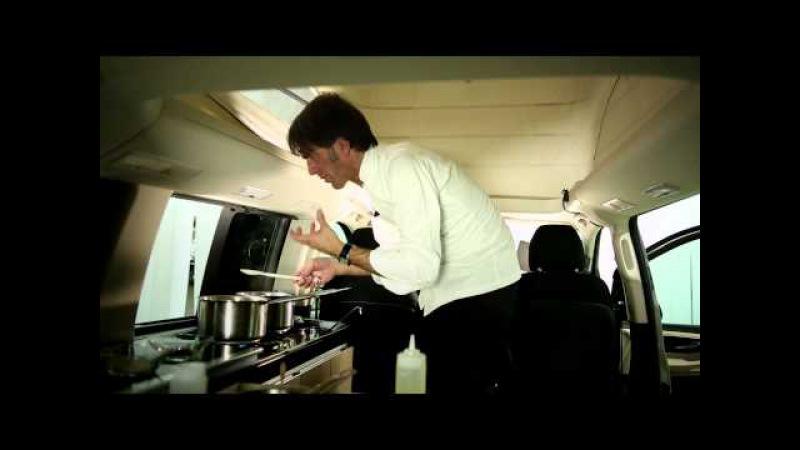Mercedes Benz si affida allo chef stellato Davide Oldani, per trovare nuove ricette per la sicurezza