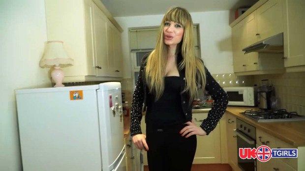 Транссексуалы / Transsexual - Bulgarian Blondie Ramona Swarovski