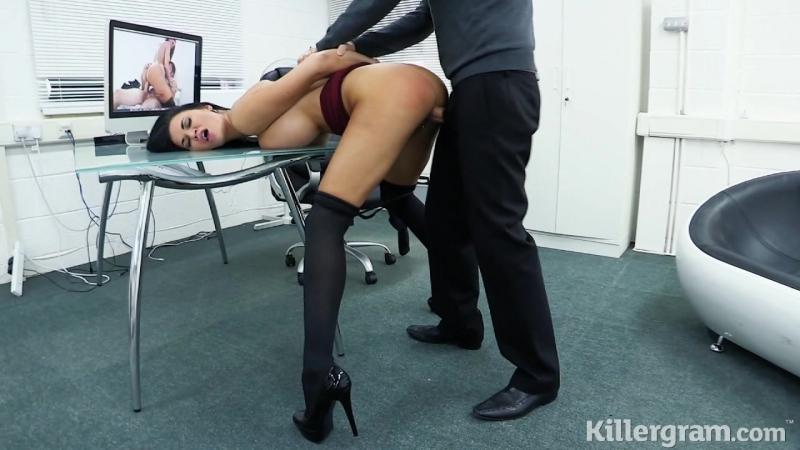 Начальник поймал секретаршу за просмотром порно HD, milf, в