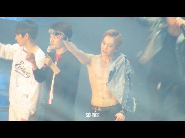 160318 THE EXO'luXion dot 복근 댄스브레이크 복근 공연 XIUMIN 시우민.