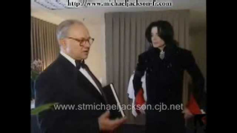 Michael Jackson Bambi Award 2002 Backstage Berlin November 2002