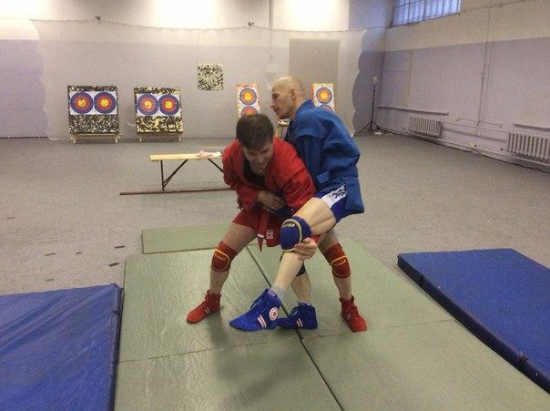 Тренировка по средневековой борьбе