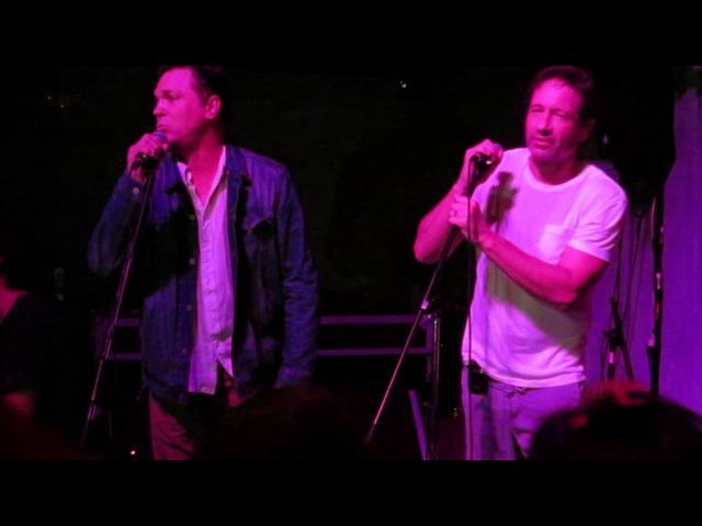 Nick Lea and David Duchovny, Knockin' on Heaven's Door