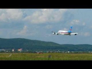 Проход на предельно малой высоте Ту-154 и Ил-86