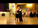 Tango Blooms - Elizabeth Linda - La Colegiala