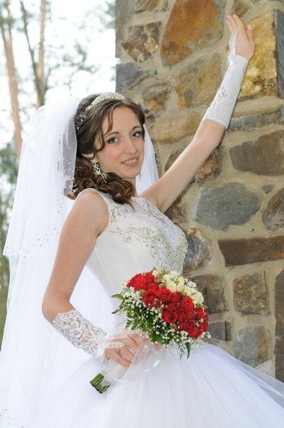 Продаю весільне платтячко 4500 договірна)До