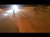 Долбаёб на сноуборде за машиной на тросе (Апатиты)