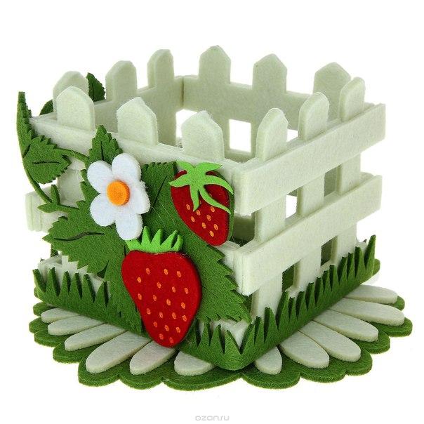 """Набор аксессуаров из войлока """"цветы и ягоды"""": подставка под горячее, корзина. 003613, Карамба"""