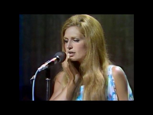 Dalida - Tout Au Plus [Live à Colmar Août 1971]