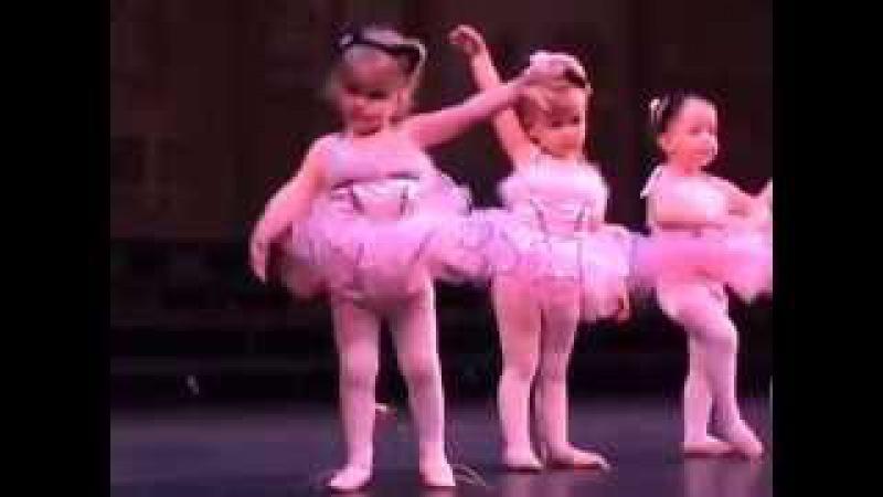 Детский балет Jilly's Ballet Recital Смотрите как дети классно танцуют балет
