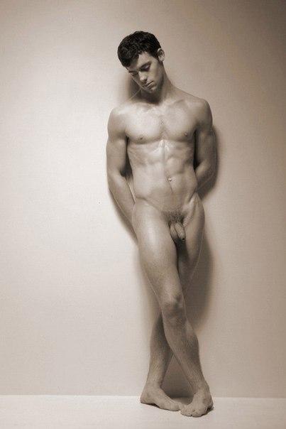 Nude Art Form 97