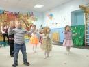 Танец Антошка. В СК Кроха и мама