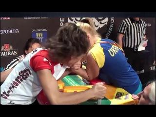 Женский армрестлинг! | Female Arm Wrestling!