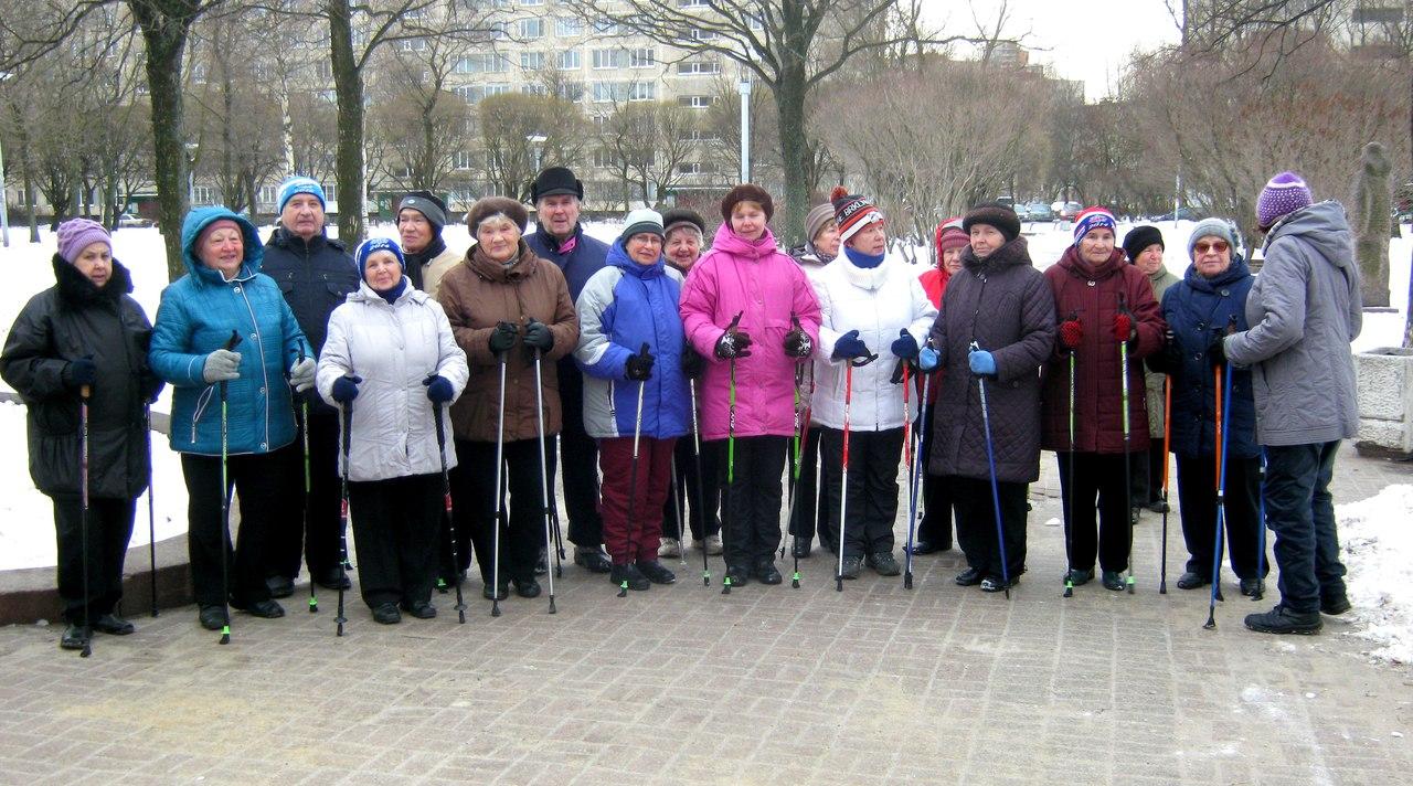 Группа «Возрождение» занятия по скандинавской ходьбе 19 февраля 2016