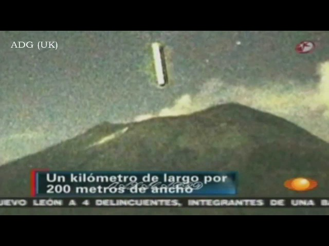 Incredible UFO Flies Into Volcano 2012 HD ( Эль посадо-- короче -