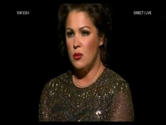 Anna Netrebko sings Vieni t´affretta from Verdi´s Macbeth