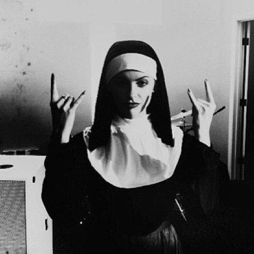 Блудливые монашки фото фото 542-877