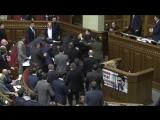 Барна vs Яценюк - драки в Маски Шоу vs Верховной Раде