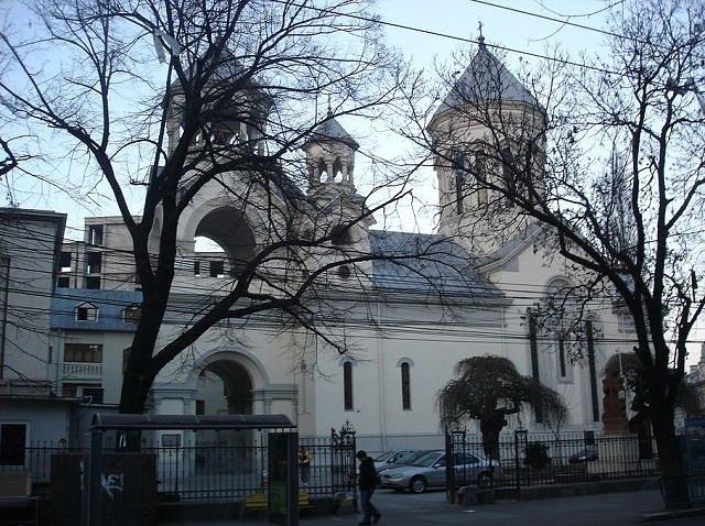 Армянская Апостольская Церковь Святых Архангелов, Бухарест, Румыния.