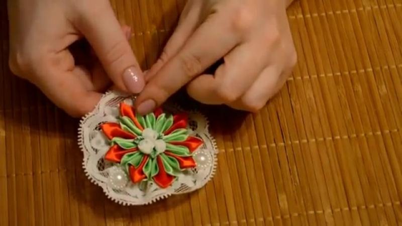 Канзаши мастер-класс. Цветы из лент. Цветок Канзаши. Заколка для волос_Flower Kanzashi