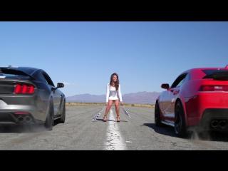 Head2Head 71 2016 Ford Mustang Shelby GT350R vs. 2015 Chevrolet Camaro Z 28 [BMIRussian]