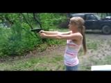 девушки и оружие. Naked girls and guns.
