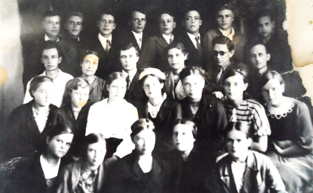 Выпуск 1942 года