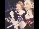 Бейонс чуть не уделала фанатка на концерте - httpvk.comsasisa_ru