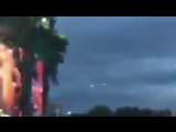 UFO spotted at Blur gig in Hyde Park as concert goer records Parklife on mobile phone