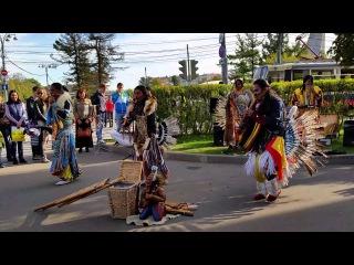 выступление музыкантов из эквадора