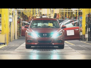 2016 Nissan Altima - How It's Made !