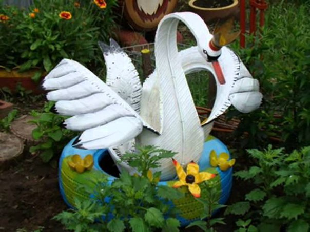 Лебеди для дачи своими рукам и
