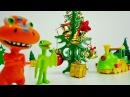 Dinosaur Train! Buddy and Tiny decorate the Christmas tree! Поезд динозавров. ИГРУШКИ