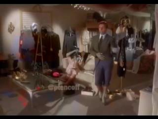 Когда слышишь песню группы Ленинград -Экспонат