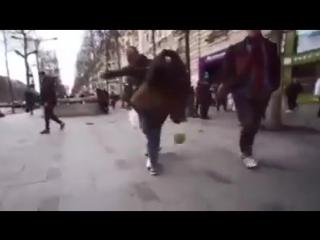 QIZ BOLA HAMMANI LOL QILDI KUCHADA