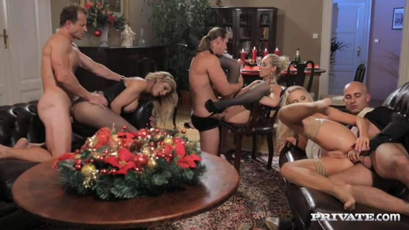 Cum Home For Christmas Сперма Домой На Рождество Private Anal ( Violette Lucy Bell,
