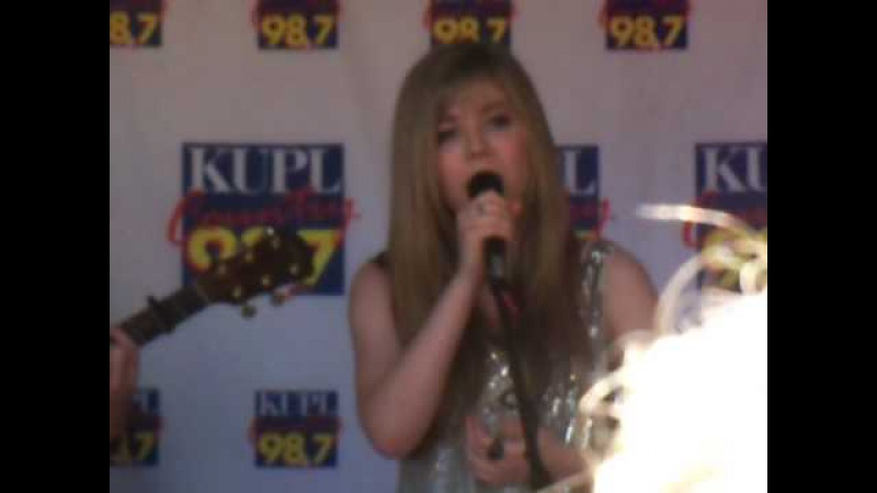 Not That Far Away - Jennette McCurdy (LIVE from OREGON 07/25/10)