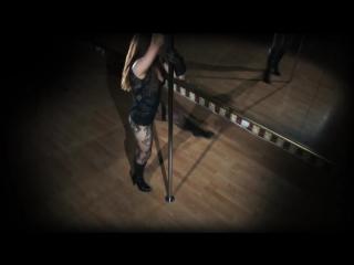 Скриншот: стриптиз на шесте.Супер!