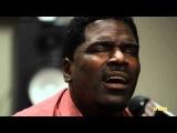 Glenn Lewis Sings