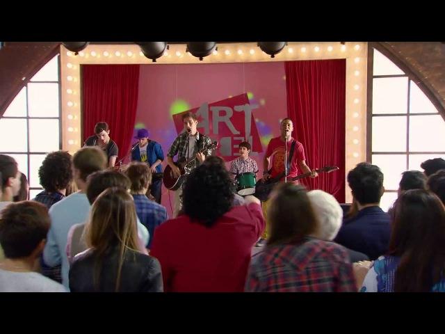 Виолетта 3 - Группа парней выступает на сцене Art Rebel - серия 10