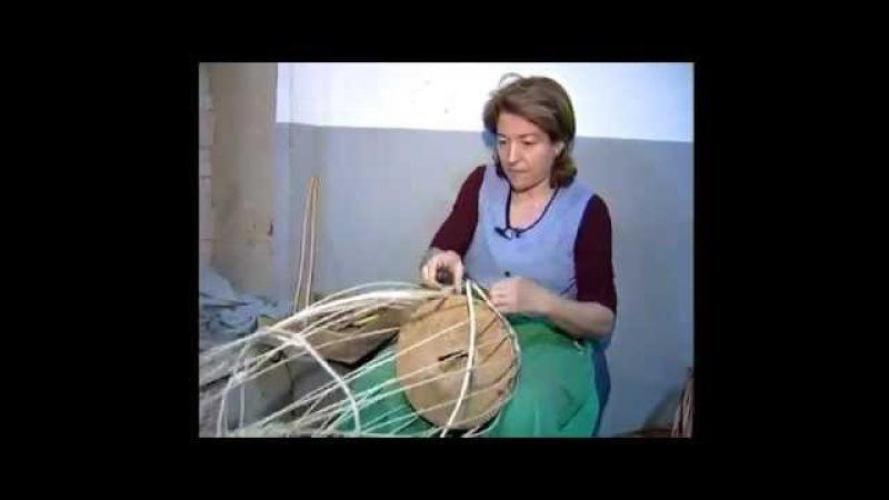 Cesteria Aparici. Elaboración de cestas de mimbre