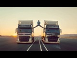 Шпагат Жан Клод Вандам на Volvo Trucks. Van Damme