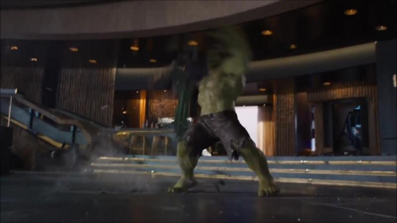 Mstiteli Loki protiv Halka vcnbntkb kjrb