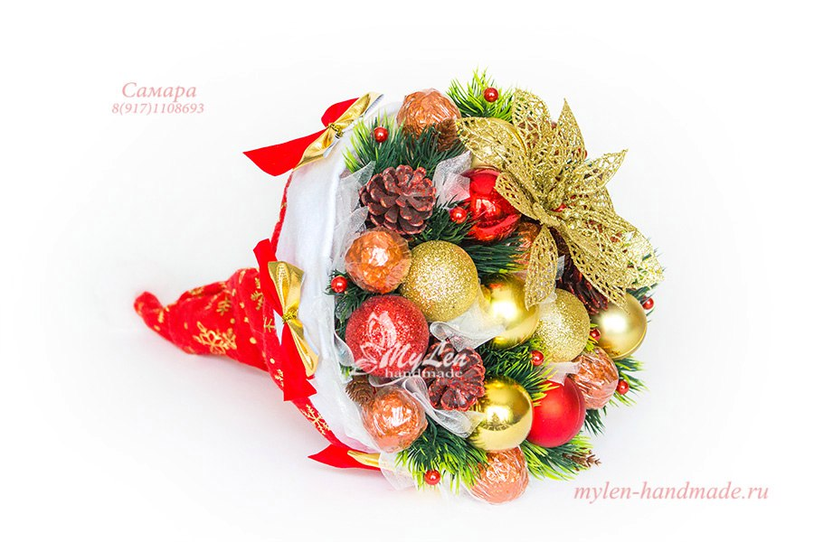 новогодний букет из конфет