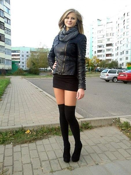 Фото девушки в колготках и юбках фото 44216 фотография
