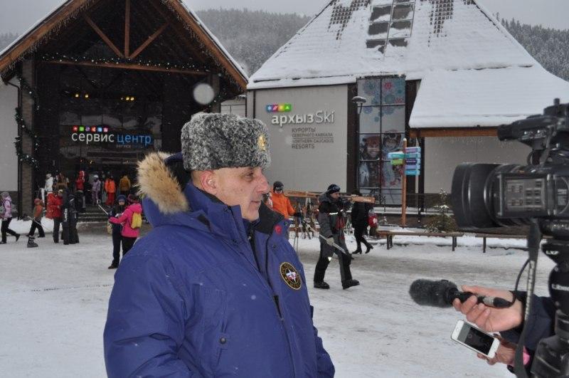 Казбек Чехов с рабочей поездкой посетил поселок Архыз